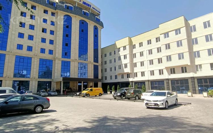 Здание, площадью 5000 м², Наурызбай Батыра 17 за ~ 2.1 млрд 〒 в Алматы, Алмалинский р-н