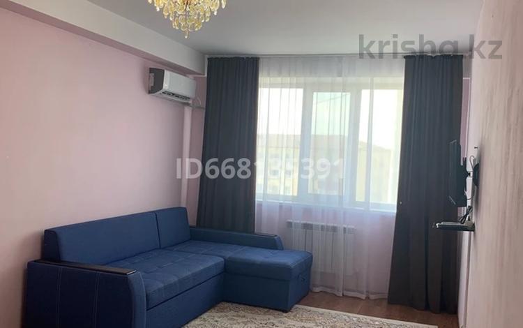 1-комнатная квартира, 45.7 м², 4/9 этаж на длительный срок, пгт Балыкши, Кунанбаева 23 за 90 000 〒 в Атырау, пгт Балыкши