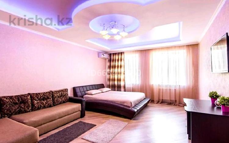 1-комнатная квартира, 49 м², 15/26 этаж по часам, Кунаева 12 — Акмешит за 2 000 〒 в Нур-Султане (Астана), Есиль р-н