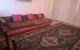 2-комнатная квартира, 80 м², 8/8 этаж посуточно, Алтын аул 5 за 10 000 〒 в Каскелене