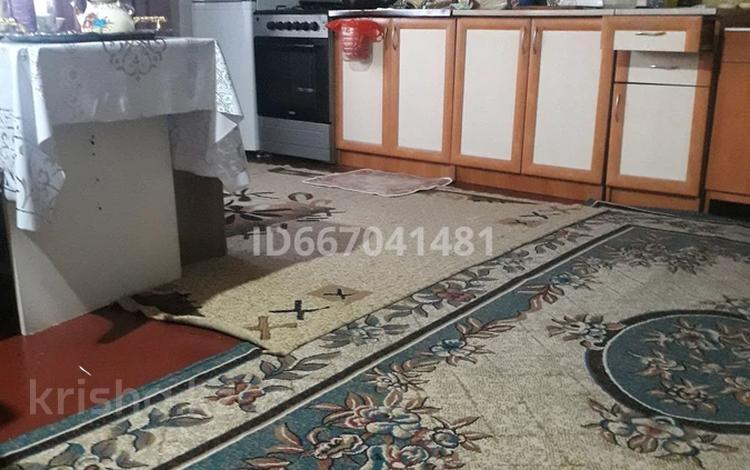 Дача с участком в 10 сот., Восточный 6 дачи дом 5-12 2630 за 3.2 млн 〒 в Семее