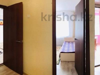 2-комнатная квартира, 45 м², 3/5 этаж посуточно, Абылай Хана 5А за 7 000 〒 в Нур-Султане (Астана), Алматы р-н — фото 5