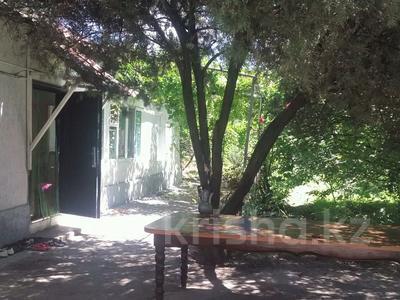7-комнатный дом, 89 м², 10 сот., Аксукент за 9.5 млн 〒