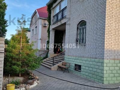 7-комнатный дом, 332 м², 10 сот., Авиатор-2 11 а за 110 млн 〒 в Актобе