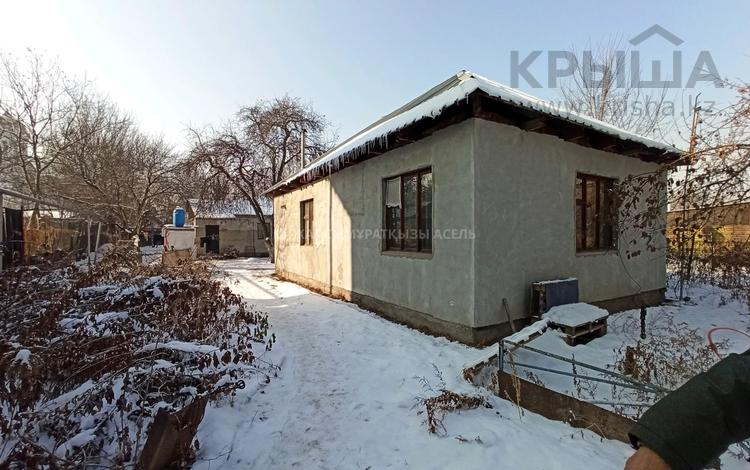 3-комнатный дом, 130 м², 8.5 сот., мкр Акбулак, улица Мукаева — Райымбека за 25 млн 〒 в Алматы, Алатауский р-н