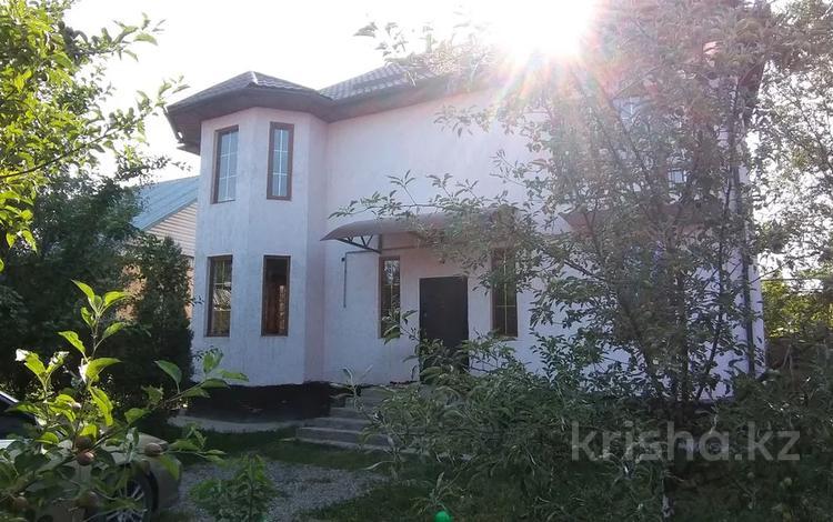 5-комнатный дом, 220 м², 5 сот., мкр Улжан-1, Такежанова 7 за 55 млн 〒 в Алматы, Алатауский р-н