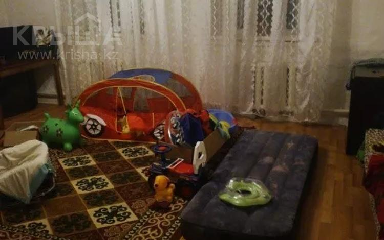 4-комнатный дом, 95 м², 3 сот., Найманбаева 87 — Тукая за 8 млн 〒 в Семее