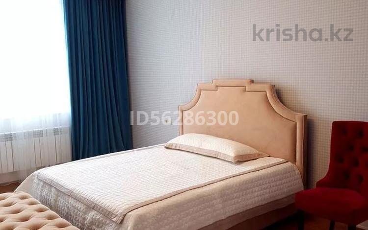 3-комнатная квартира, 127 м², 7/7 этаж, Керей и Жанибек хандар 6 за ~ 61.8 млн 〒 в Нур-Султане (Астана), Есиль р-н