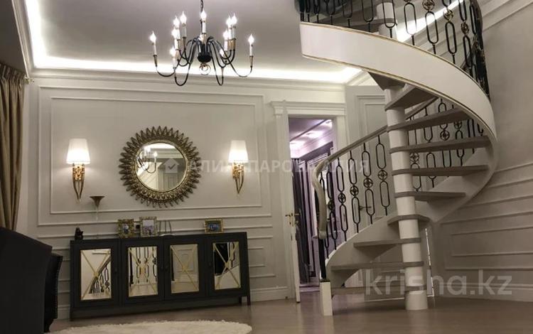 5-комнатный дом, 550 м², 17 сот., Оспанова — проспект Достык за 550 млн 〒 в Алматы, Медеуский р-н