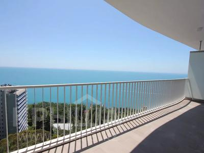 2-комнатная квартира, 130 м², 16/33 этаж, Курортный проспект за 55 млн 〒 в Сочи — фото 2