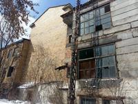 Здание, площадью 4512 м²