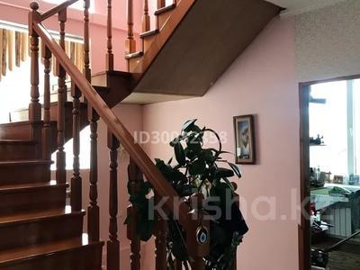 7-комнатный дом, 500 м², 10 сот., Толебаева 137 — Рустембекова за 70 млн 〒 в Талдыкоргане — фото 2