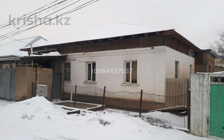 5-комнатный дом, 230 м², 5.1 сот., Г. Муратбаева 8 за 32 млн 〒 в Шымкенте, Енбекшинский р-н