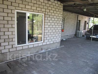 3-комнатный дом, 70 м², 12 сот., Мостовая за 7.5 млн 〒 в Караганде, Казыбек би р-н — фото 2