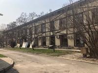 Здание, площадью 1786 м²