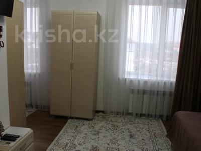 1-комнатная квартира, 25 м², 2/2 этаж посуточно, Талдыкорган, Биржан Сала 125 — Ж.Жабаева за 10 000 〒 — фото 2