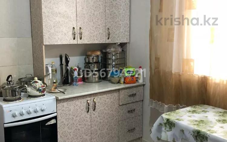 1-комнатная квартира, 34 м², 3 этаж, мкр Акбулак, 5-я линия 59 за 16.8 млн 〒 в Алматы, Алатауский р-н