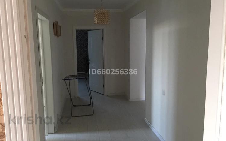 8-комнатный дом, 240 м², 10 сот., Аймаутова 20 за 50 млн 〒 в Тайтобе