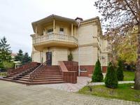 8-комнатный дом помесячно, 500 м², 20 сот.