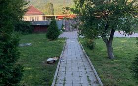 4-комнатный дом, 200 м², 18 сот., Маметова — 26/15 за 28 млн 〒 в Бирлике