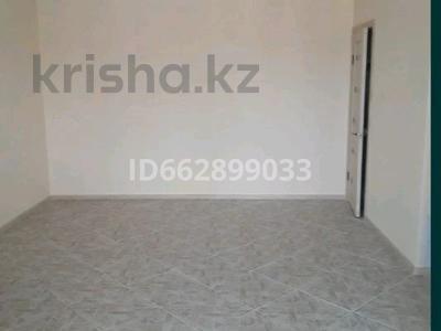 Магазин площадью 68 м², Батыс2 мкр 9/5 корпус 2 — Мангилик за 30 млн 〒 в Актобе, мкр. Батыс-2
