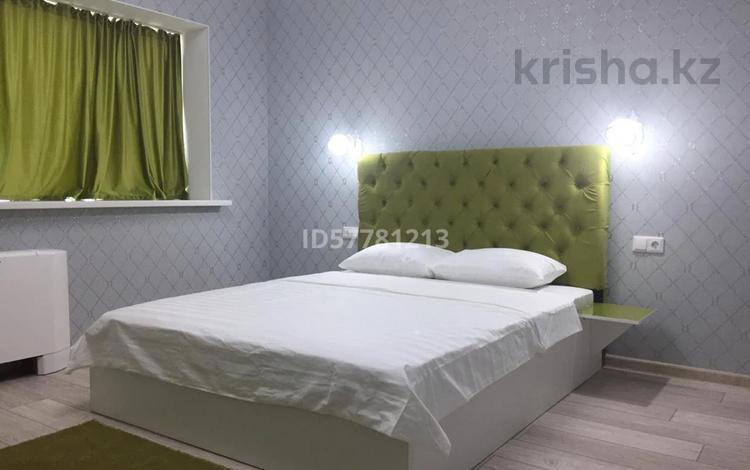1-комнатная квартира, 28 м², 36/36 этаж по часам, Достык 5 — Сауран за 2 000 〒 в Нур-Султане (Астана), Есиль р-н