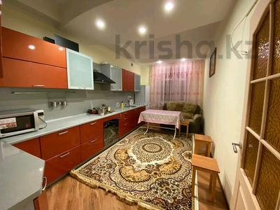3-комнатная квартира, 110 м², 2/2 этаж помесячно, Гоголя 30 за 250 000 〒 в Караганде, Казыбек би р-н — фото 11