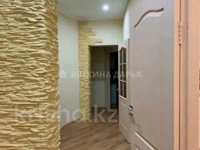 3-комнатная квартира, 110 м², 2/2 этаж помесячно, Гоголя 30 за 250 000 〒 в Караганде, Казыбек би р-н — фото 17