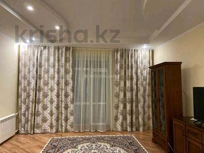 3-комнатная квартира, 110 м², 2/2 этаж помесячно, Гоголя 30 за 250 000 〒 в Караганде, Казыбек би р-н — фото 4