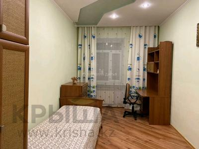 3-комнатная квартира, 110 м², 2/2 этаж помесячно, Гоголя 30 за 250 000 〒 в Караганде, Казыбек би р-н — фото 9