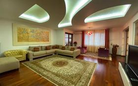 5-комнатная квартира, 298 м², 3/6 этаж помесячно, Ханов Керея и Жанибека 6 за 630 000 〒 в Нур-Султане (Астана), Есиль р-н