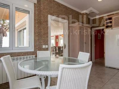8-комнатный дом, 447 м², 10 сот., Calle de la basseta 1 за ~ 685.4 млн 〒 в Таррагоне — фото 20