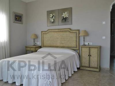8-комнатный дом, 447 м², 10 сот., Calle de la basseta 1 за ~ 685.4 млн 〒 в Таррагоне — фото 26