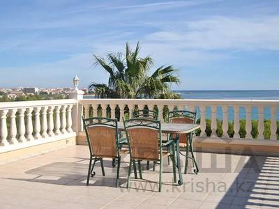 8-комнатный дом, 447 м², 10 сот., Calle de la basseta 1 за ~ 685.4 млн 〒 в Таррагоне — фото 42