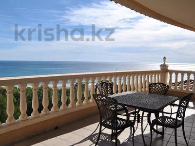 8-комнатный дом, 447 м², 10 сот., Calle de la basseta 1 за ~ 685.4 млн 〒 в Таррагоне — фото 44