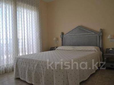 8-комнатный дом, 447 м², 10 сот., Calle de la basseta 1 за ~ 685.4 млн 〒 в Таррагоне — фото 46