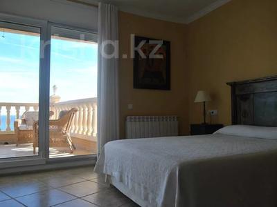8-комнатный дом, 447 м², 10 сот., Calle de la basseta 1 за ~ 685.4 млн 〒 в Таррагоне — фото 48