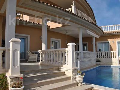 8-комнатный дом, 447 м², 10 сот., Calle de la basseta 1 за ~ 685.4 млн 〒 в Таррагоне — фото 52