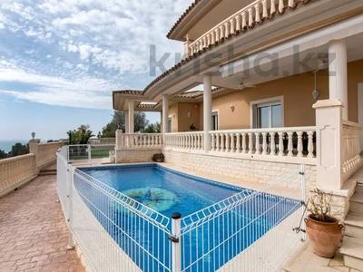 8-комнатный дом, 447 м², 10 сот., Calle de la basseta 1 за ~ 685.4 млн 〒 в Таррагоне — фото 55