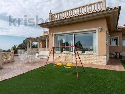 8-комнатный дом, 447 м², 10 сот., Calle de la basseta 1 за ~ 685.4 млн 〒 в Таррагоне — фото 59