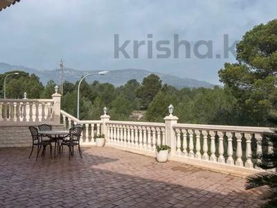 8-комнатный дом, 447 м², 10 сот., Calle de la basseta 1 за ~ 685.4 млн 〒 в Таррагоне — фото 63