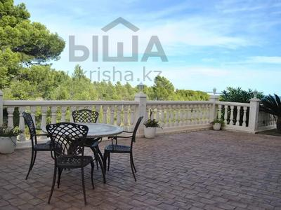8-комнатный дом, 447 м², 10 сот., Calle de la basseta 1 за ~ 685.4 млн 〒 в Таррагоне — фото 64