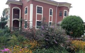 10-комнатный дом помесячно, 630 м², 8 сот., мкр Ерменсай, Жангирхан за 1.2 млн 〒 в Алматы, Бостандыкский р-н