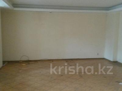 Магазин площадью 90.4 м², проспект Шакарым 188 за 17 млн 〒 в Усть-Каменогорске — фото 4
