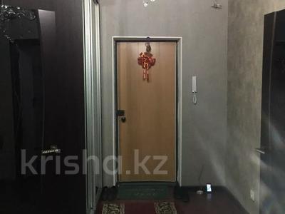 3-комнатная квартира, 72.2 м², 1/8 этаж, Бокенбай батыра 155/7 за 16 млн 〒 в Актобе — фото 15