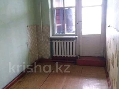 3-комнатная квартира, 56 м², 2/2 этаж, Квартал Подхоз за ~ 1.9 млн 〒 в Талдыкоргане