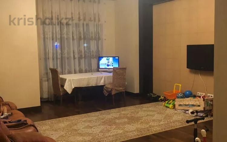 2-комнатная квартира, 100 м², 1/6 этаж, Кабанбай батыра за 42 млн 〒 в Нур-Султане (Астана), Есиль р-н