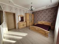 4-комнатная квартира, 140 м², 3/12 этаж помесячно