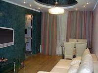 2-комнатная квартира, 58 м², 3/5 этаж посуточно, Гумарова — Владимирского за 10 000 〒 в Атырау