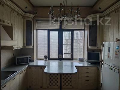 3-комнатная квартира, 100 м², 4/8 этаж, мкр Юбилейный, Мкр Юбилейный за 57 млн 〒 в Алматы, Медеуский р-н
